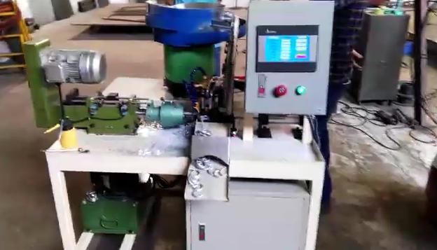 【视频】钻孔机,衣帽钩钻孔机,全自动钻孔机,佛山钻孔机,定做钻孔机