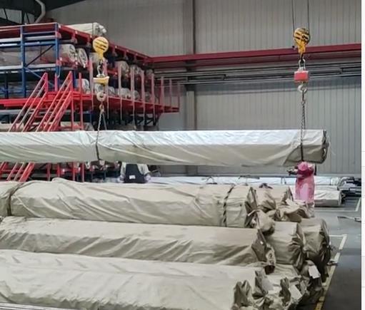 供应2021仓库切管机配套货架,移动货架,手摇货架